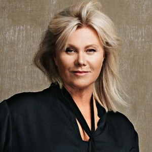 681325-deborra-lee-furness
